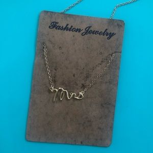 Mrs gold necklace